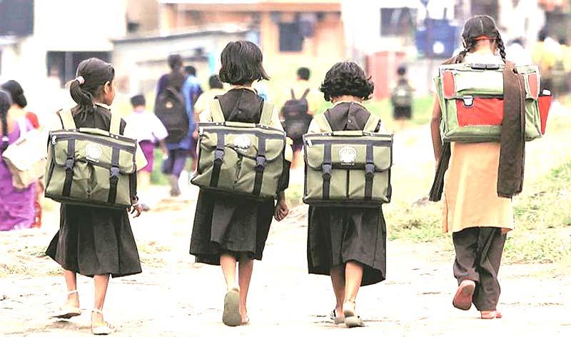 स्कूल में नियमित कक्षाएं शुरू करवाना चाहते हैं ज्यादातर अभिभावक