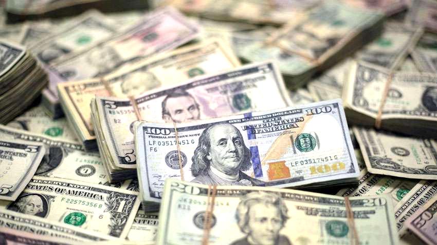 डॉलर मजबूत, पाउंड, यूरो, येन कमजोर