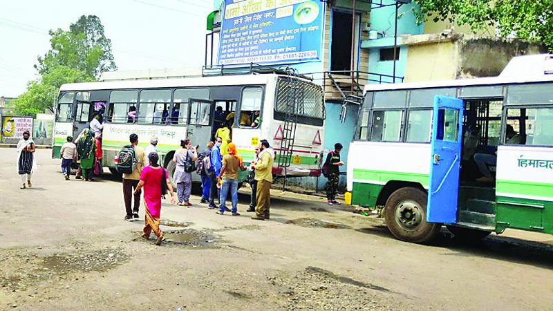 नालागढ़ में एचआरटीसी ने चलाई 35 अतिरिक्त ट्रिप