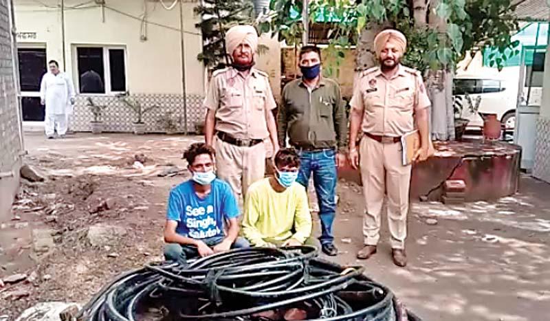 कीरतपुर में दबोचे केबल चोर, अदालत ने गिरोह के दो लोग भेजे एक दिन के पुलिस रिमांड पर